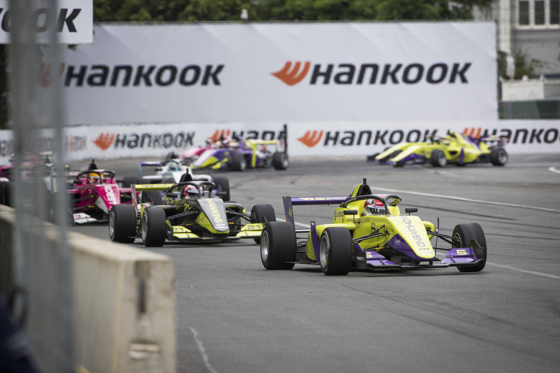 Hankook_W_Series_Formula_1_race_weekends_02.jpeg
